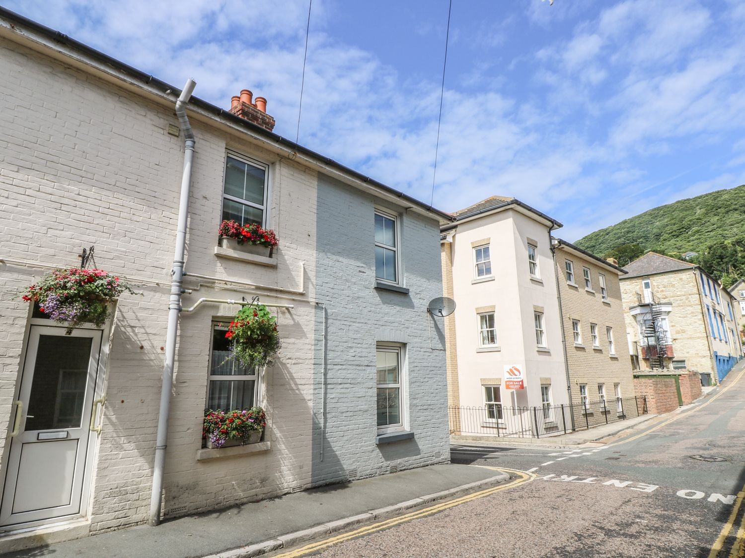 Marvelous The Corner House Ventnor Self Catering Holiday Rental Beutiful Home Inspiration Ommitmahrainfo