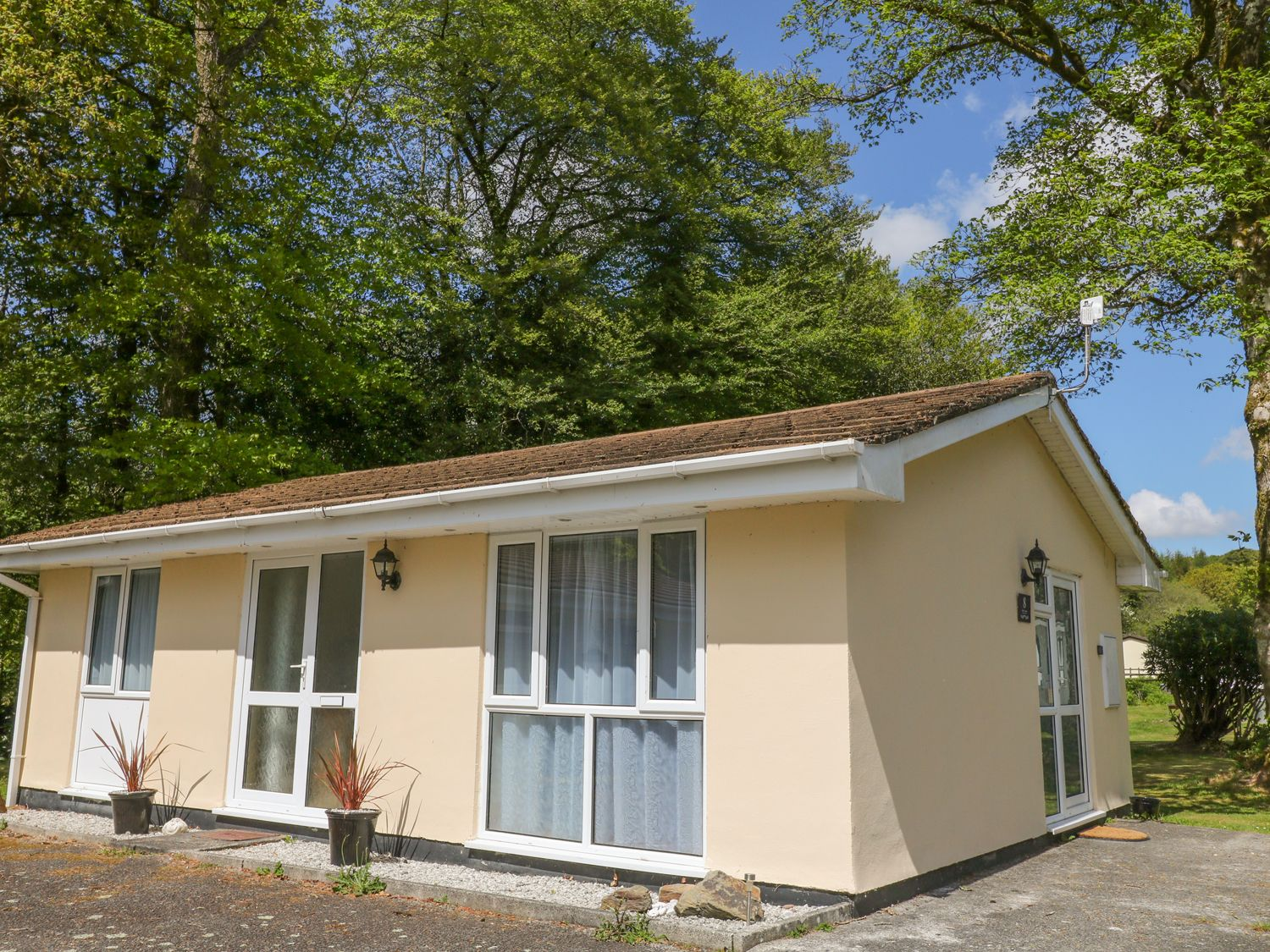 Brook Cottage, Liskeard, Cornwall