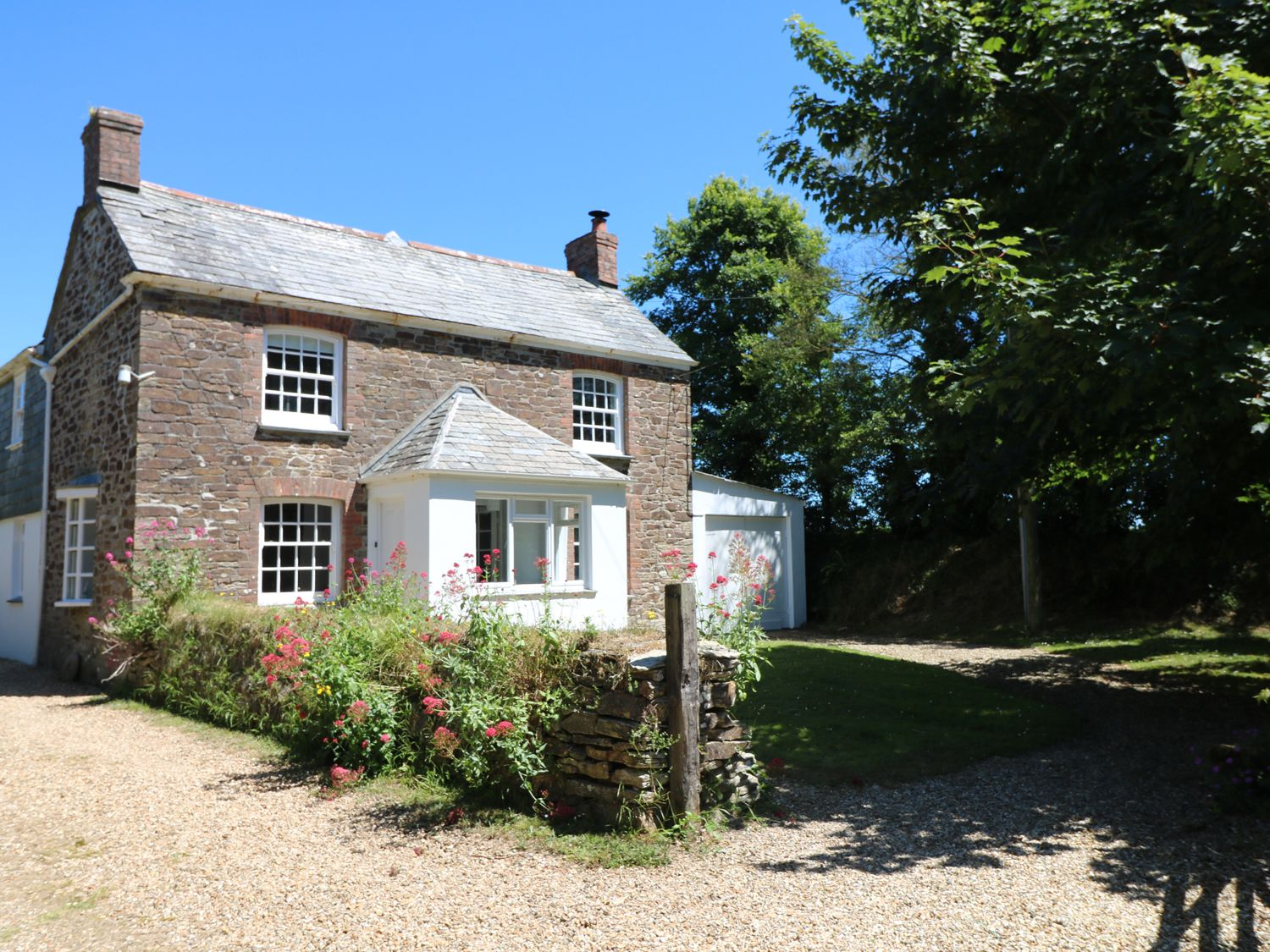 Trenouth Cottage, St Merryn, Cornwall