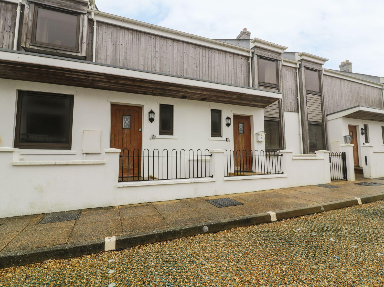 4 Bredon Court, Crantock, Cornwall