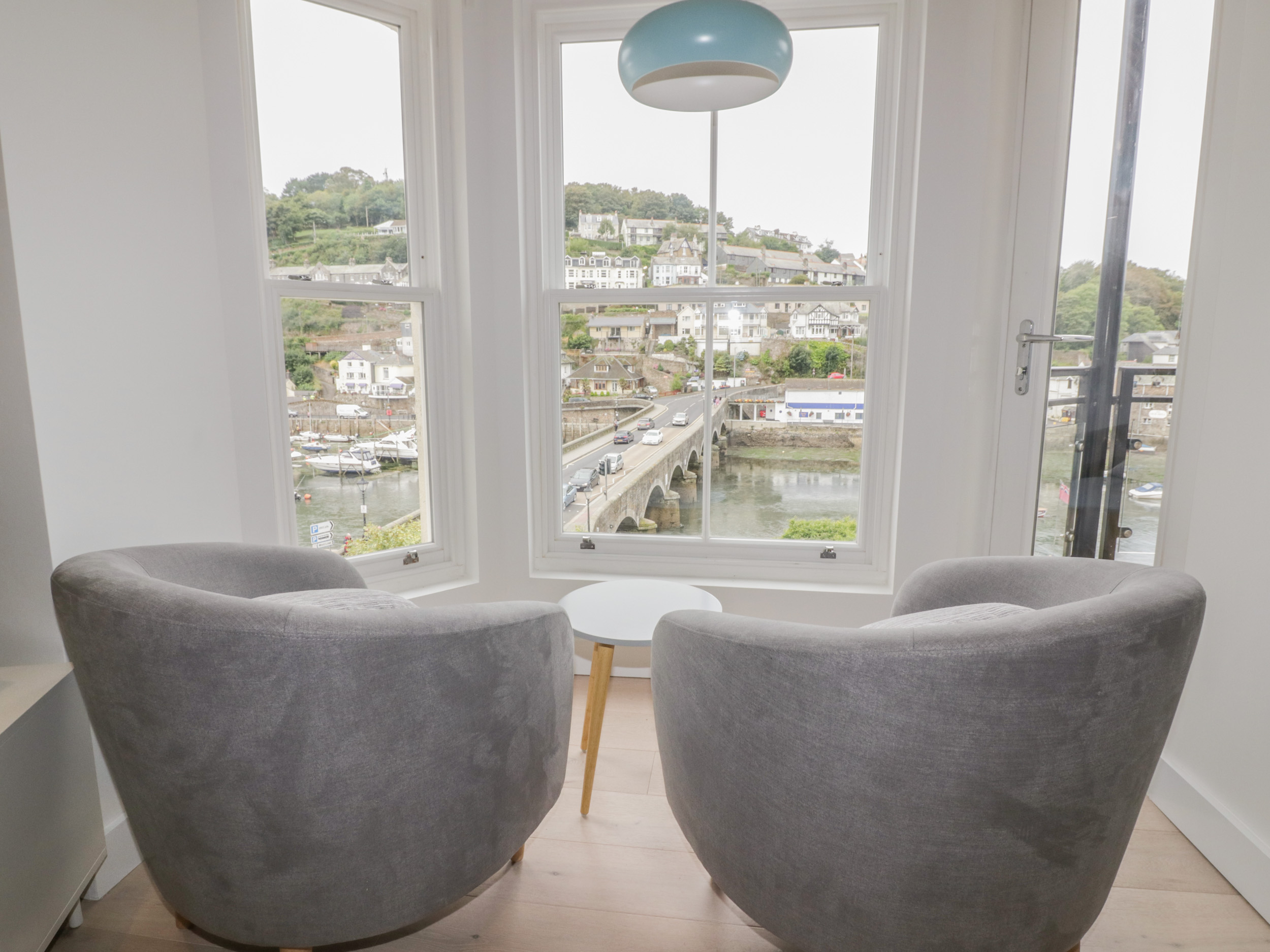 4 Belmont Apartment River View, West Looe, Cornwall
