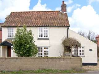 Hollyhedge Cottage photo 1