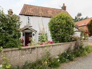 Hollyhedge Cottage photo 1
