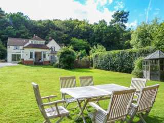 Woodhill Cottage photo 1