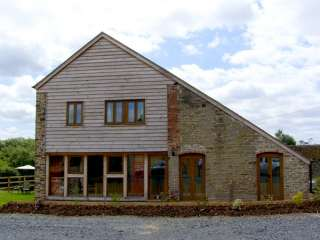 Glebe Barn photo 1