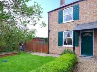 1 Laburnum Cottage photo 1