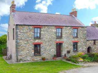 Gwryd Bach Farmhouse photo 1