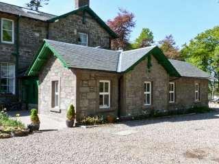 Courtyard Cottage photo 1