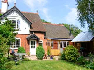 Grove Bank Cottage photo 1