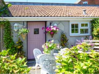 Pear Tree Cottage photo 1