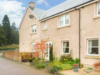 1E West Nisbet Steading photo 1