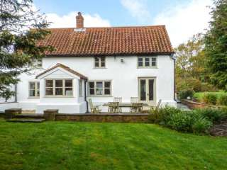The White Cottage photo 1