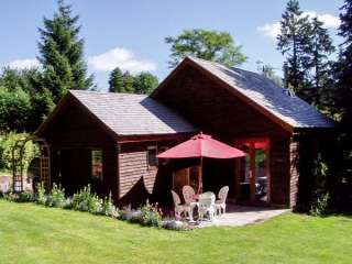 Woodpeckers Cottage photo 1