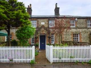 2 Station Cottages photo 1