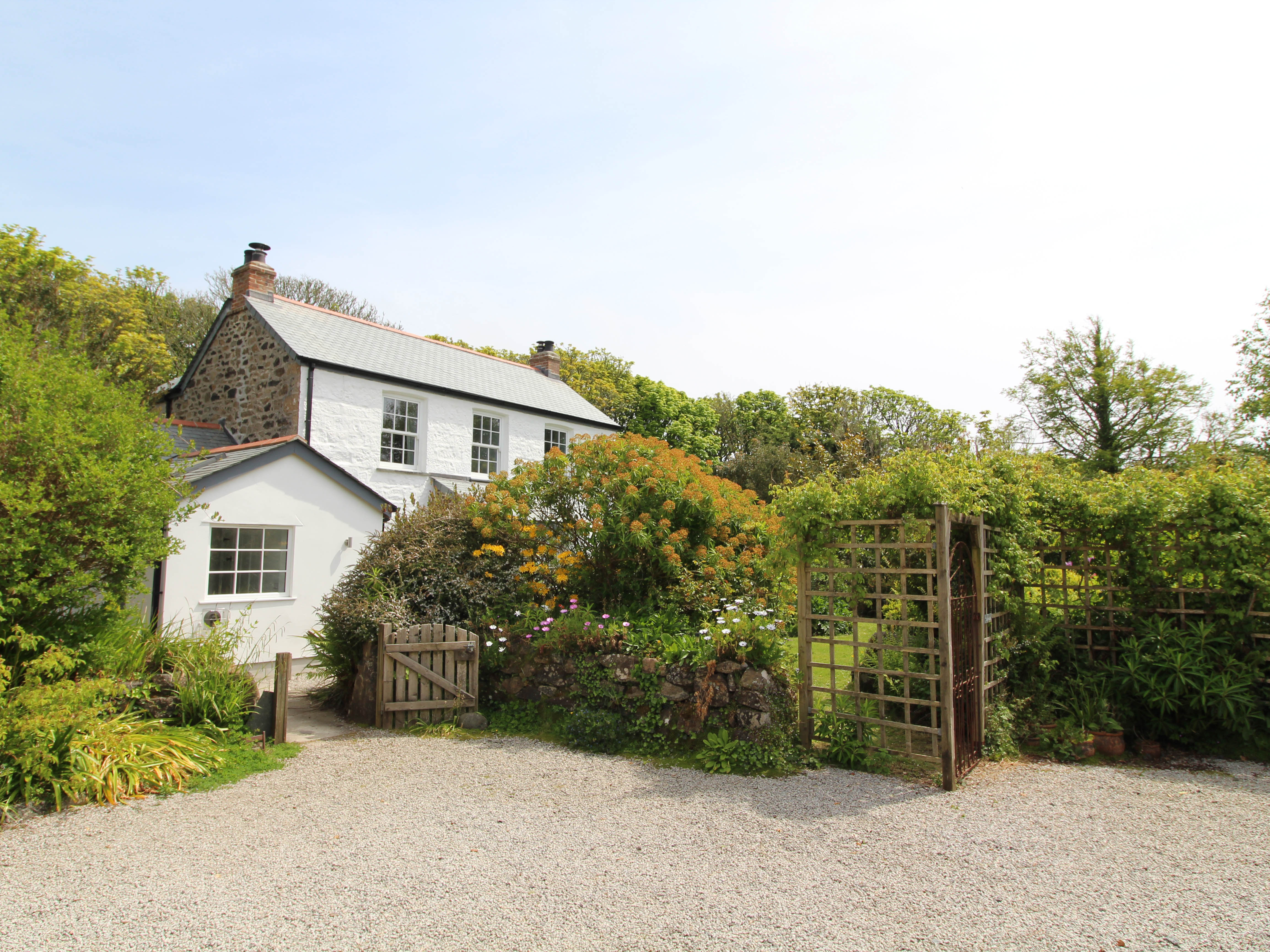 The Farmhouse, St Keverne, Cornwall