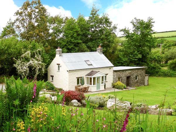 Pwll Cottage photo 1