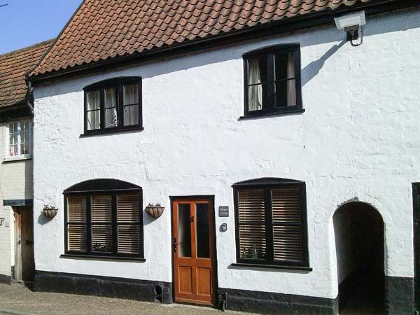 Damgate Cottage photo 1