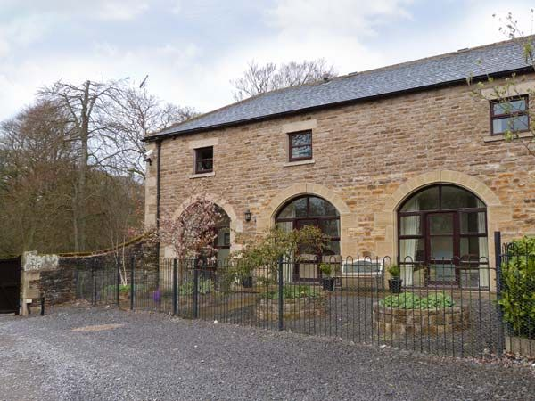 No 2 Coach House photo 1