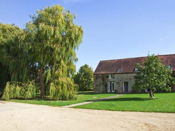 Lambcote Barn photo 1
