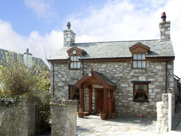 Pen-y-Ffordd Cottage photo 1