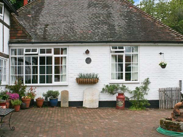 Old Tudor Cottage Annexe photo 1
