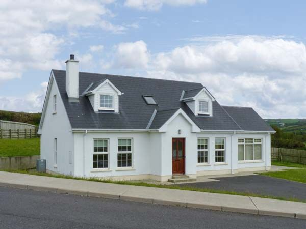 1 Tirlaughan Brae photo 1
