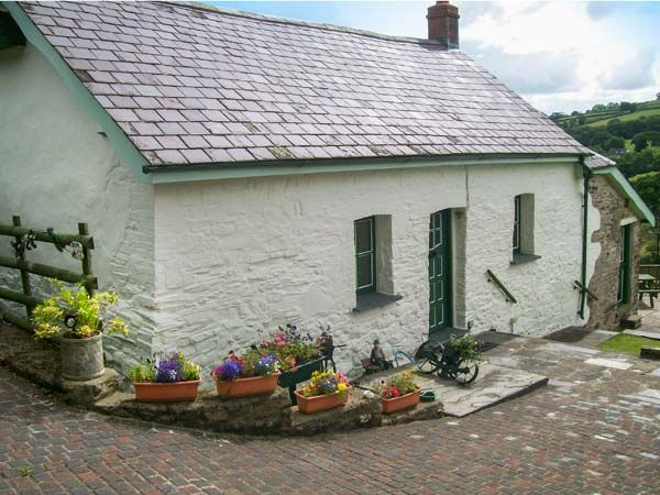 Llwynditw Farm photo 1