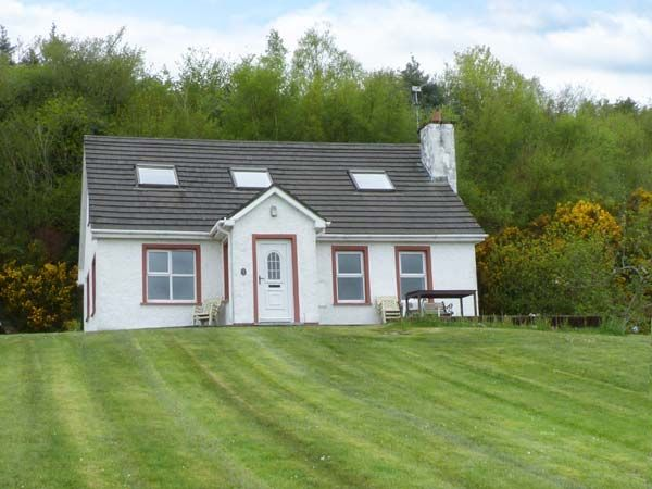 Glencross Cottage photo 1