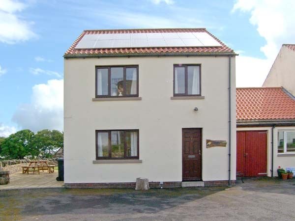 Holiday Cottages Northumberland Coast: Causeway House, Holy Island | sykescottages.co.uk