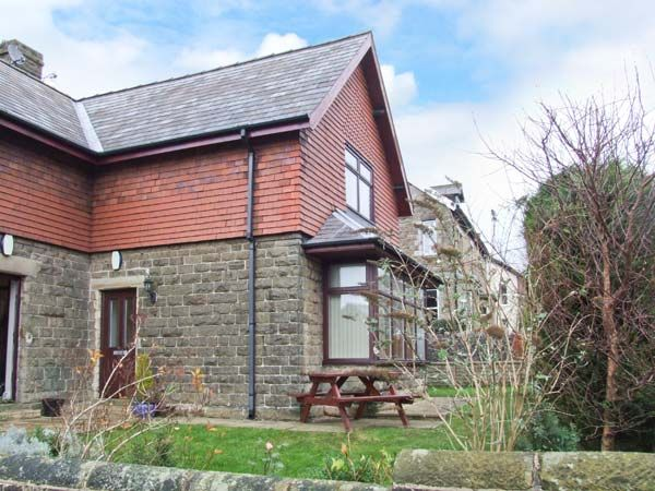 Windlands Buxton Peak District Self Catering Holiday Cottage