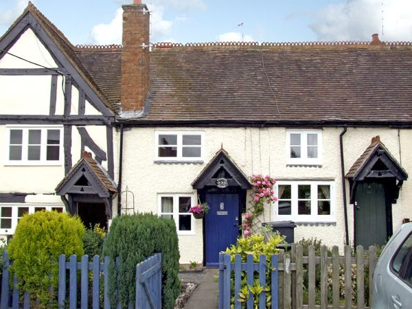 3 Kingswood Cottage  |  Lapworth   |  Warwick