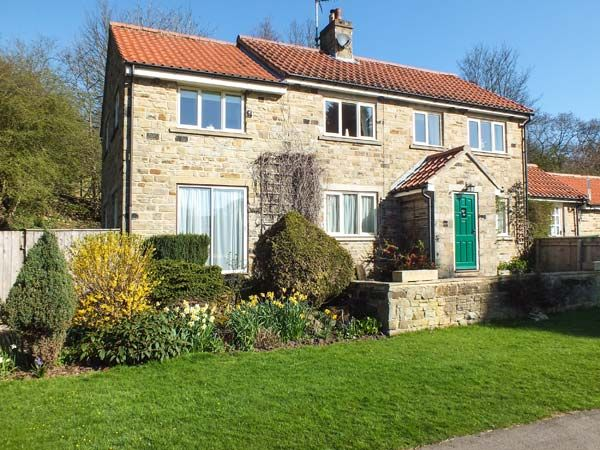 white rose cottage hutton sessay Places to stay in the easingwold and villages area white rose country cottages hutton sessay sleeps 5-6  red barn cottage.