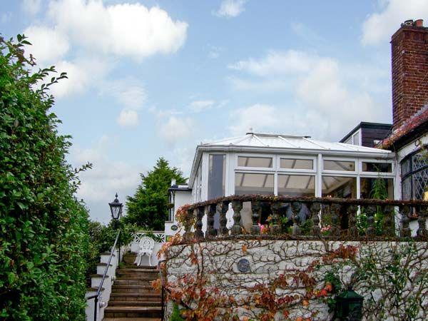 Bron-y-Bryn Cottage photo 1