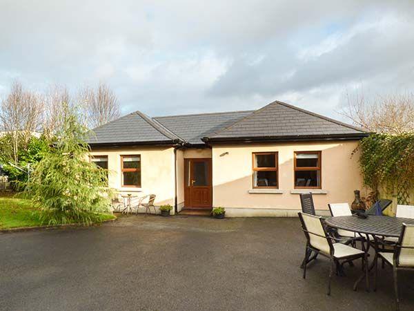 5 Kilnamanagh Manor photo 1