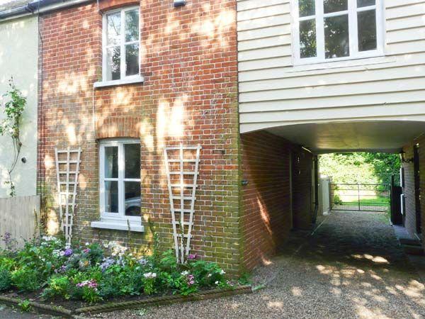 Lazydays Cottage photo 1