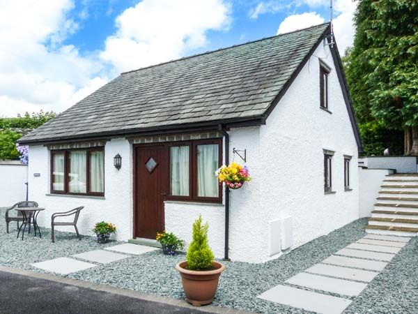 Gerand ambleside windermere the lake district and - Luxury cottages lake district swimming pool ...