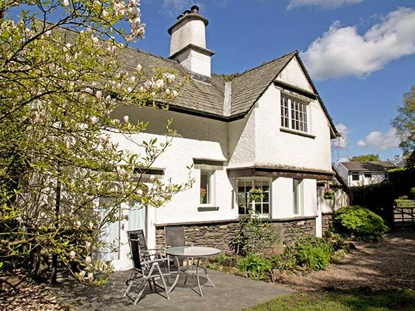 Beck Cottage Bowness Windermere Heathwaite The Lake District And Cumbria Self Catering