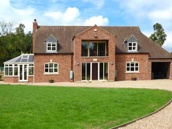 Broadleaf House photo 1