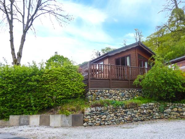Large Log Cabins Self Catering Lodges