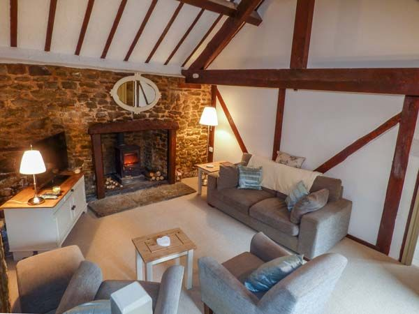 Shropshire Holiday Cottages: Cwm Head Court, Church Stretton | sykescottages.com