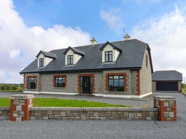 Cloonacastle Cottage, Ireland