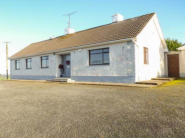 Oakwood House photo 1
