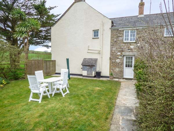 Holly Cottage, Lostwithiel, Cornwall