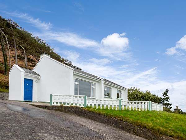 Rossbeigh Beach Cottage No 1 photo 1