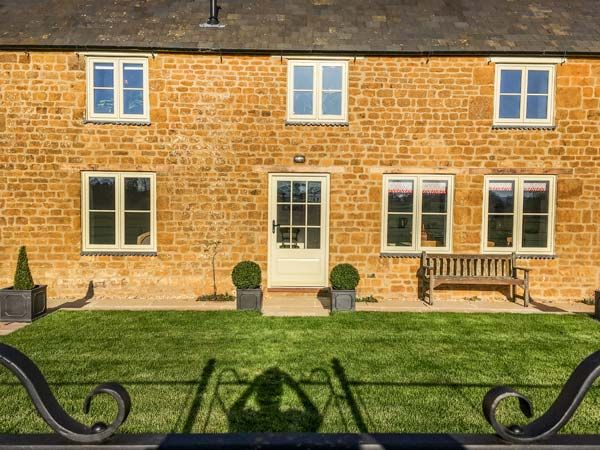 Wykham Park Farm Cottage photo 1