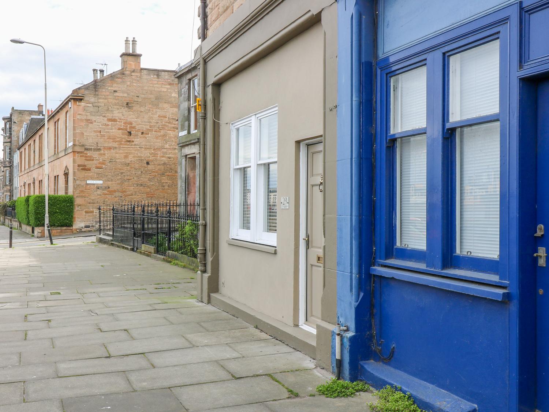 29 Trinity Crescent - Scottish Lowlands - 1001408 - photo 1