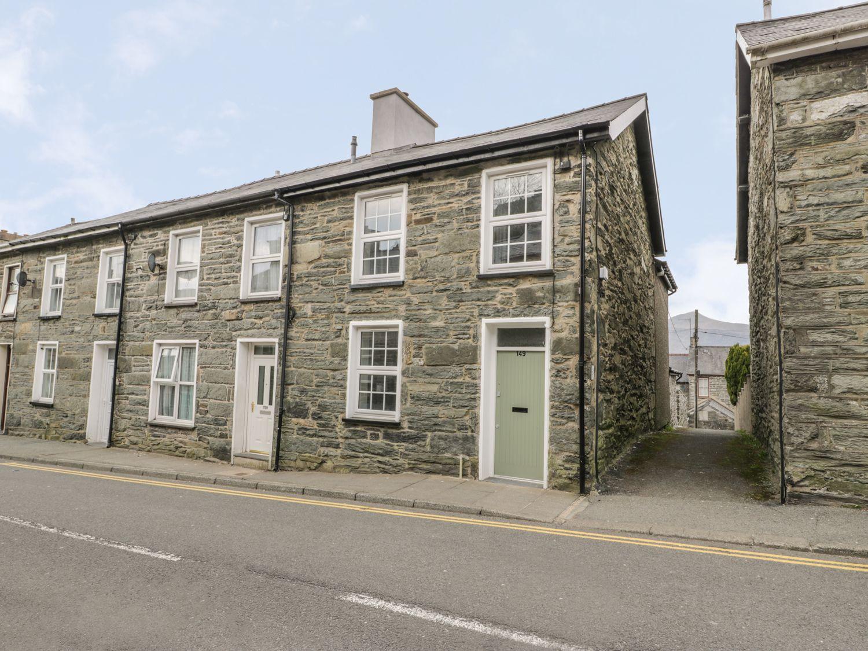 Ty Arthur - North Wales - 1002729 - photo 1