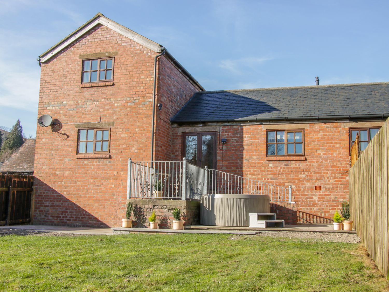 Old Hall Barn 2 - Shropshire - 1004373 - photo 1