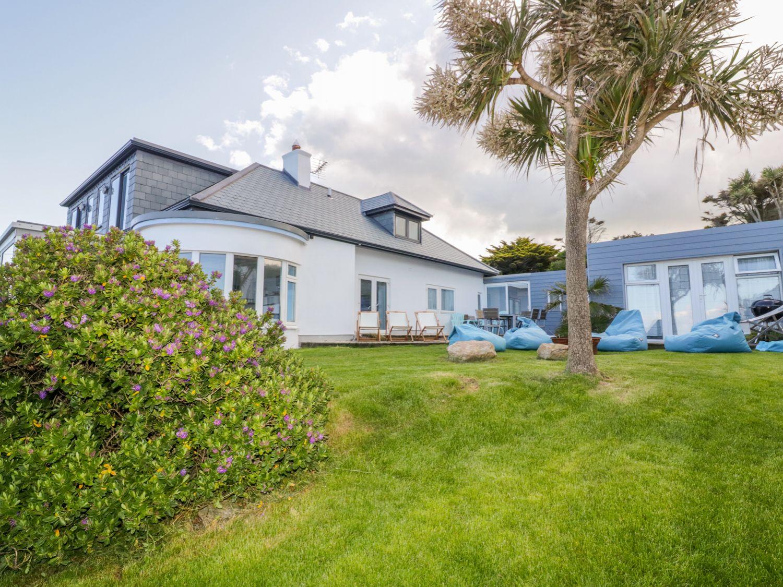 Blue Bay Beach House - Cornwall - 1007604 - photo 1