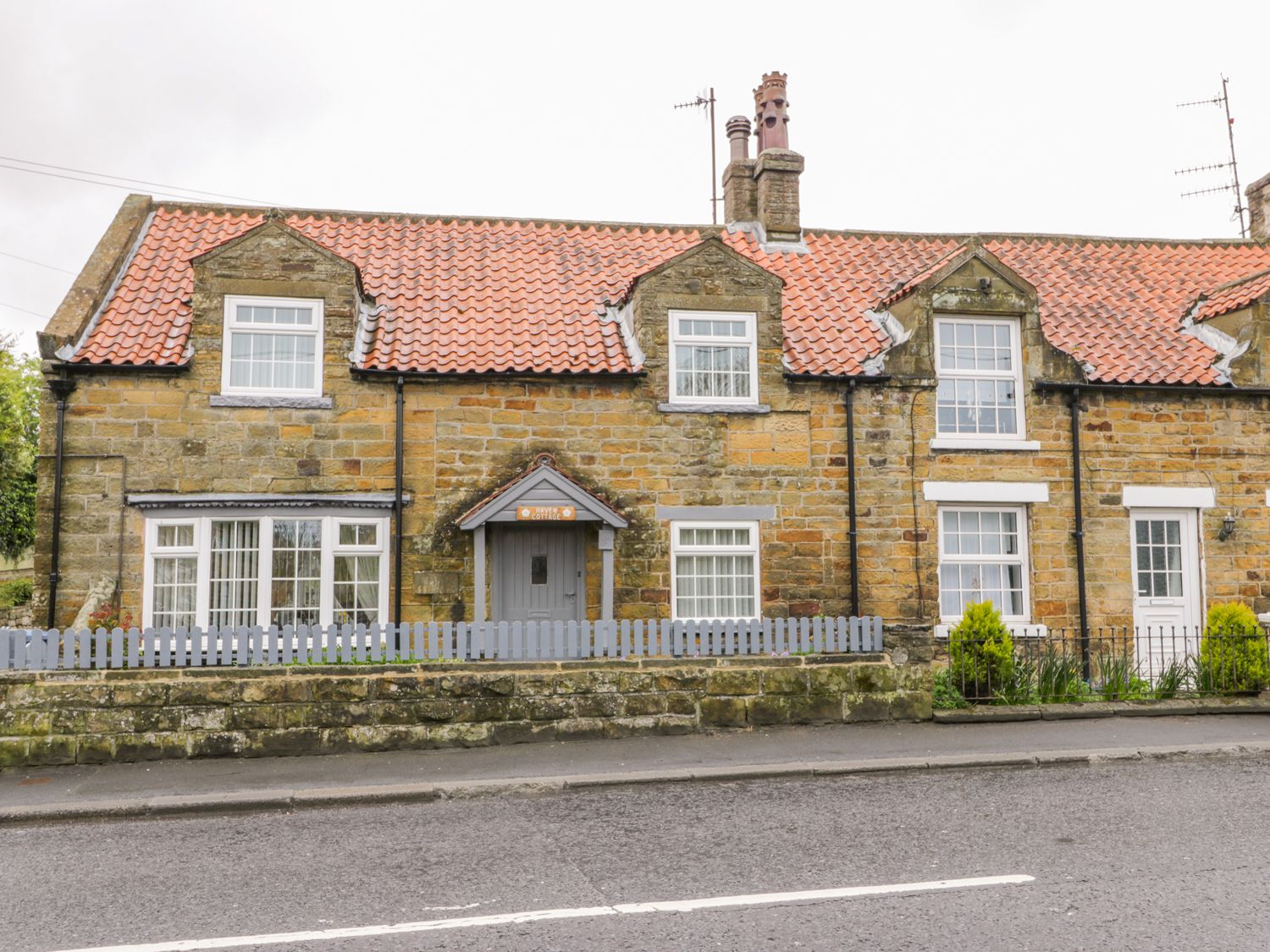 11A High Street - Whitby & North Yorkshire - 1009858 - photo 1